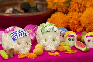 Mexican-Day-of-The-Dead-Offering-4917