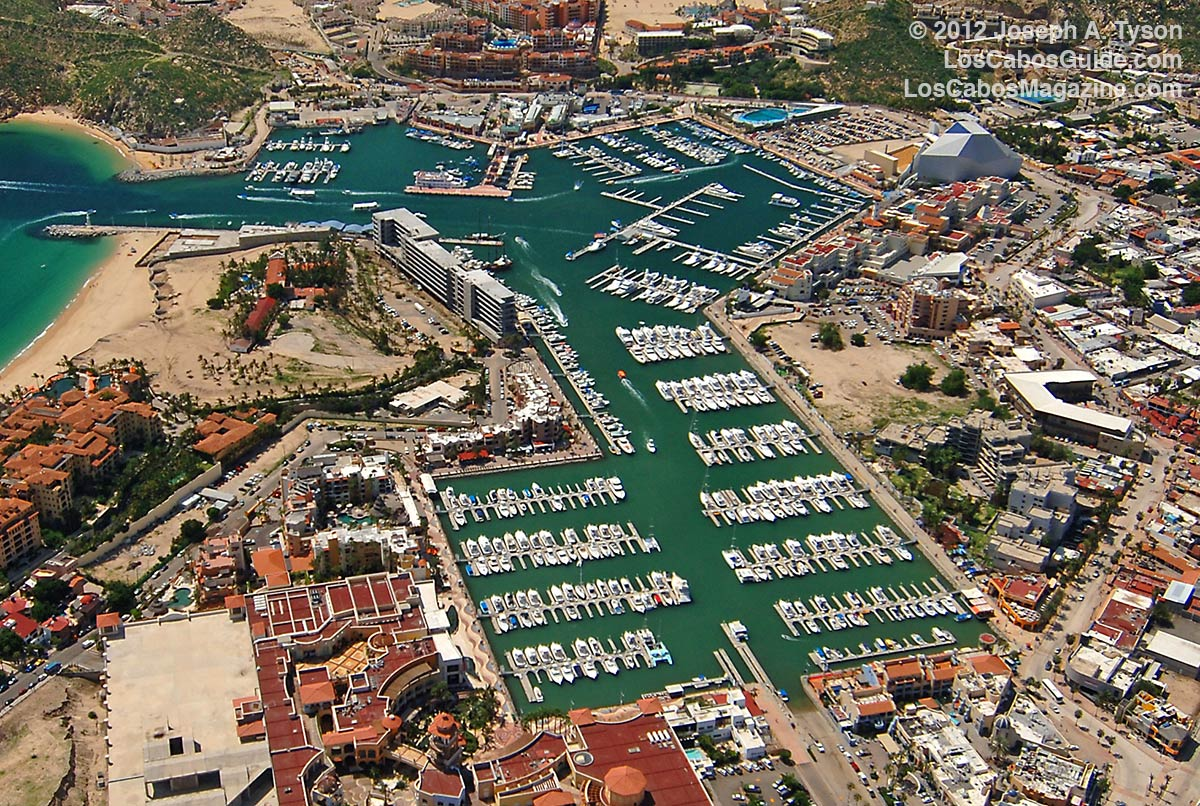 Marina de Cabo San Lucas, home of the Circuito Cultural or Cultural Circuit Tour.